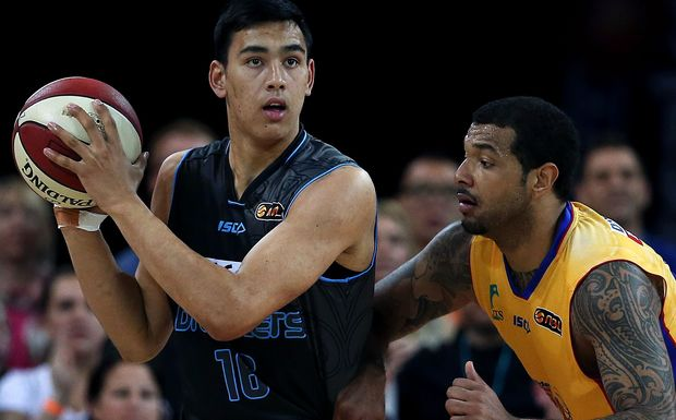 Tai Wynyard in action for the Breakers.