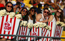 Seven fans party like pop corn.