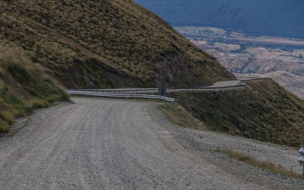 A petition has been launched to force a ski company to re-open public access to the Remarkables Road near Queenstown.