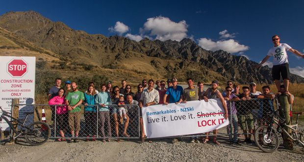 The Queenstown Climbing Club is behind the petition.