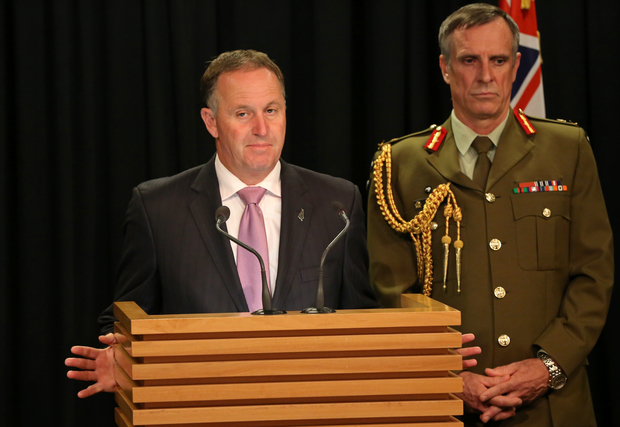 Prime Minister John Key (left) and Chief of Defence Force Tim Keating (right).