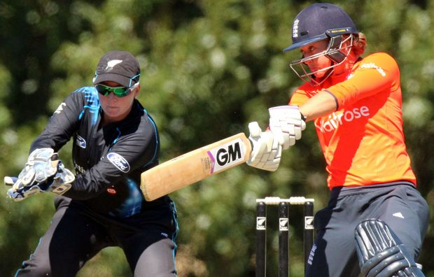 New Zealand's Rachel Priest keeps wicket as England's Sarah Taylor cuts.