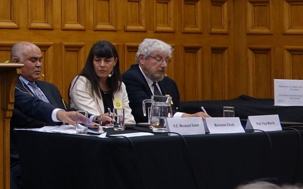 The Iraqi ambassador Mouayed Saleh (left). At a panel discussion in Parliament's Grand Hall. Wellington Feb 25, 2015