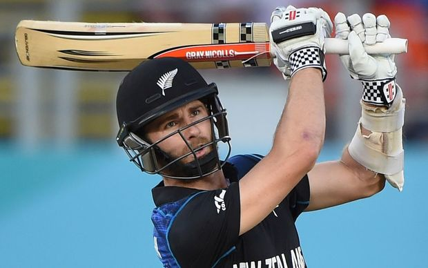 Kane Williamson hits a six to win the match for New Zealand against Australia.