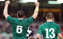 Ireland rugby players celebrate.