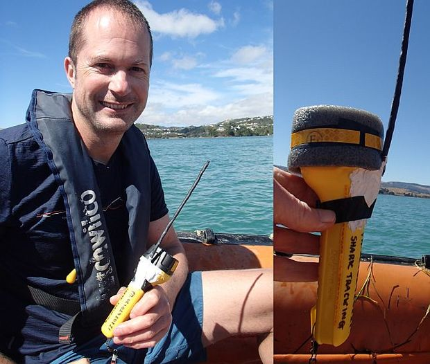 Warrick Lyon has developed a GPS tracking system that uses a floating tag, built into the empty housing of a torch, which is connected to the rig shark by a 6-metre long nylon tether.