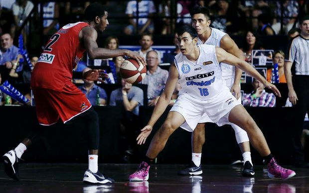 Tai Wynyard (right) in action for the Breakers during the ANBL.