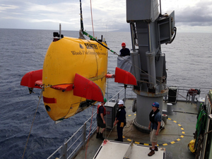 Sentry being launched/retrieved from the Navy patrol vessel Wellington during the recent voyage to the Kermadecs.