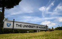 Auckland University sign