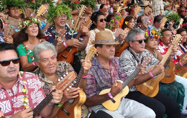 Tahiti Ukulele Festival sets world record with 4,750 players