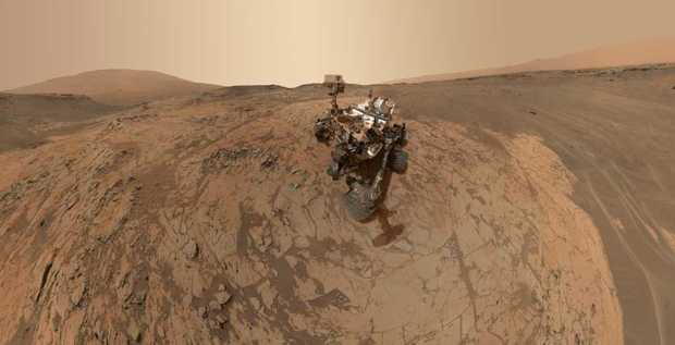 "Curiosity at the ""Mojave"" site on Mars."