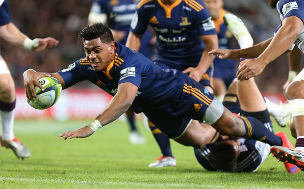 Malakai Fekitoa in action for the Highlanders