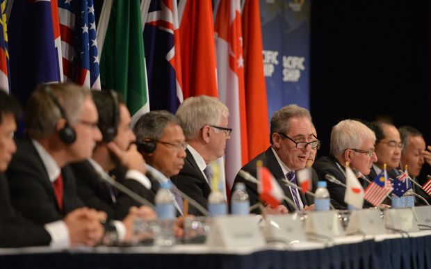 US Trade Representative Mike Froman (C) speaks at a press conference for the Trans-Pacific Partnership (TPP), in Sydney last year.