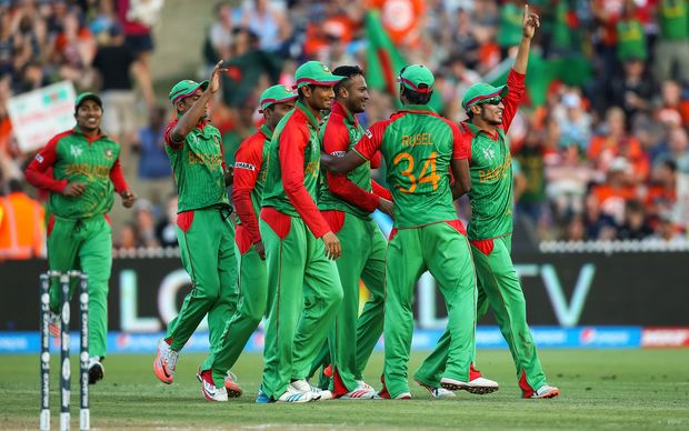 Bangladesh celebrate a wicket during the 2015 ICC Cricket World Cup match - New Zealand v Bangladesh, Seddon Park, Hamilton, New Zealand.