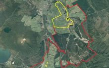 A current map of the full Tongariro-Rangipō prison site (current land bordered in red; future Corrections land to be leased bordered in yellow)