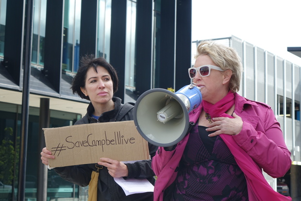 City councillor and former broadcaster Ali Jones (right) takes to the streets in Christchurch in support of Campbell Live.
