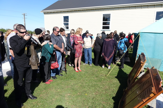 Honours boards recognising all the local man and women who served during the two World Wars were unveiled in Alton in South Taranaki today.