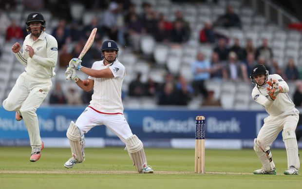 Alastair Cook at bat during the 2nd innings at Lord's, 2015.