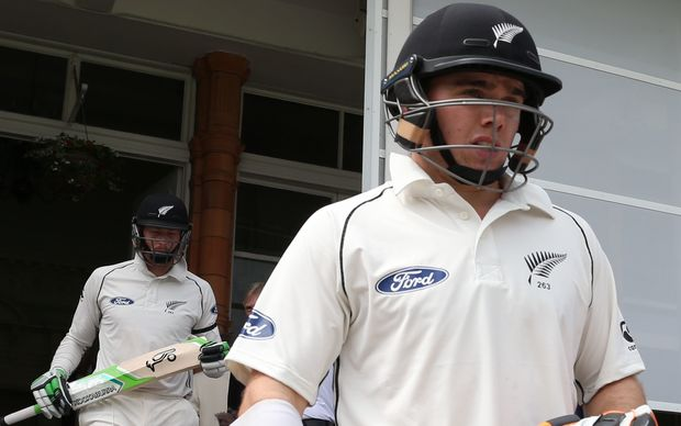 The Black Caps openers Tom Latham (r) and Martin Guptill (l) walk out to bat.