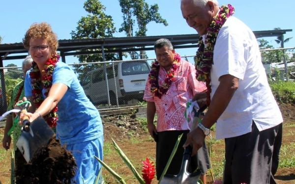 Australia High Commissioner to Samoa, Sue Langford, and Minister of Health, Tuitama Talalelei Tuitama, with the CEO of the Ministry of Health at the ground breaking for a new pharmaceutical warehouse.