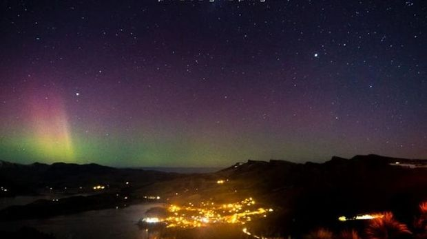 The Aurora as taken from the top of the Port Hills in Christchurch.