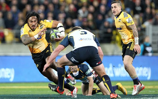 Hurricanes' Ma'a Nonu runs the ball during the Super Rugby Semi Final, Hurricanes v Brumbies.