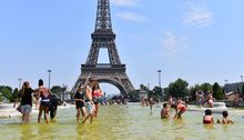 Temperatures in Paris reached 40°C.