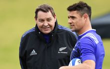Steve Hansen (L) with Dan Carter