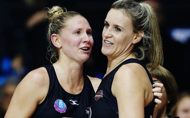 Casey Kopua and Leanna de Bruin will again make up a formidable defensive combination for the Magic.