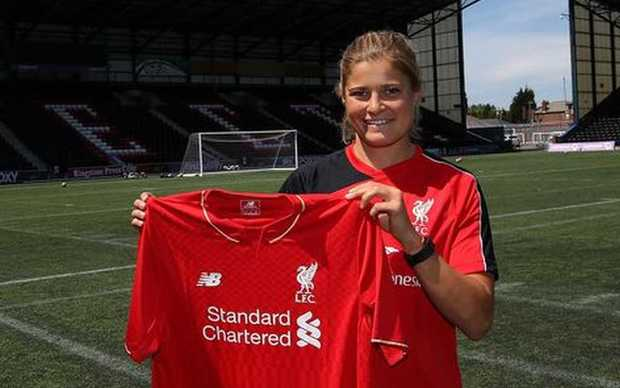 Rosie White shows off her new Liverpool jersey
