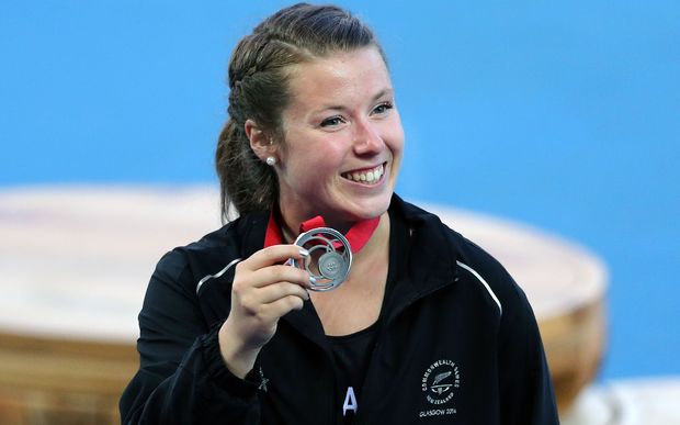 Julia Ratcliffe wins silver at the Commonwealth games, 2014.