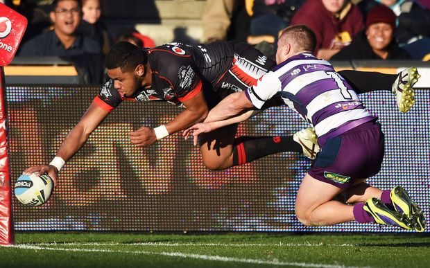 David Fusitua flies to the try-line, 2015.