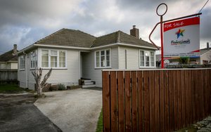House for sale in Upper Hutt.