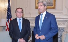 New Zealand Foreign Minister Murray McCully has met with US Secretary of State John Kerry (right).