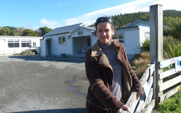 There is no radio or cellphone coverage out here, but the principal of Tuturumuri School in the Wairarapa, Jo Mahoney, says she loves working in rural schools.