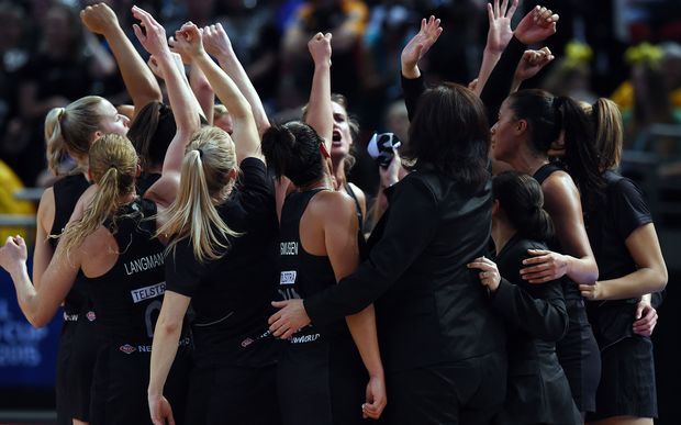 The Silver Ferns celebrate their semi-final win over England at the 2015 Netball World Cup.
