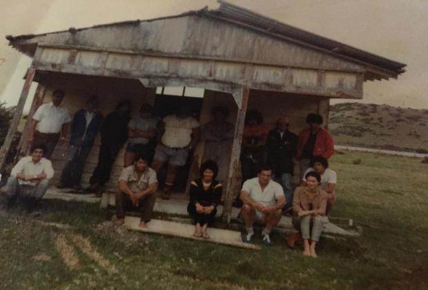 Whetu Marama Marae with Labour Department Trustees and PEP workers, 1982.