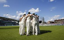22.08.2015. London, England. Ashes 5th Test, day 3. England versus Australia. Australian players form a huddle before the final session of the day's play
