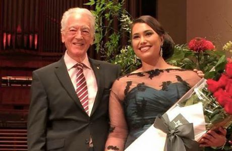 Winner of the Bel Canto Award soprano Isabella Moore with Richard Bonynge
