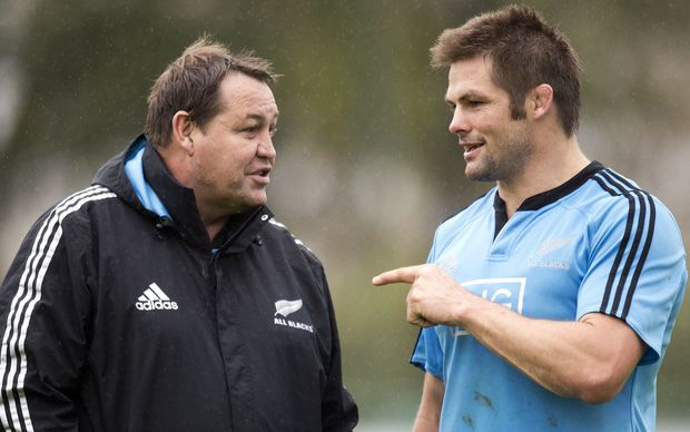 Steve Hansen and Richie McCaw dicuss the finer points of rugby.