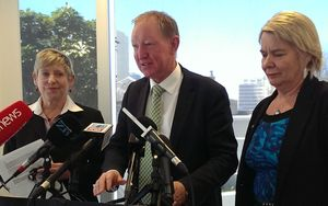 Christchurch mayor Lianne Dalziel, and ministers, Nick Smith and Nicky Wagner at today's announcement.