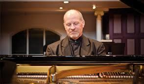 Pianist Michael Houstoun