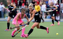 The Black Sticks' Charlotte Harrison battles for the ball against Argentina. College Park, Blenheim. Saturday 3 September 2015. Copyright Photo: Chris Symes / www.photosport.nz