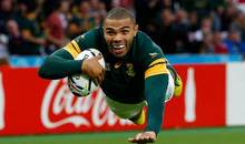 Bryan Habana scores a try for the Springboks.