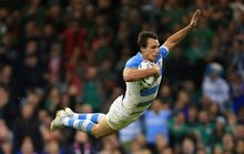 Argentina winger Juan Imhoff scores against Ireland RWC2015.