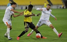 Phoenix player Jeffrey Sarpong in action in the A-League.