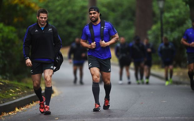 Richie McCaw and Liam Messam arrive for the final All Blacks training session ahead of the Rugby World Cup final at the Pennyhill Park Hotel, Bagshot, London. Thursday 29 October 2015. Copyright photo: Andrew Cornaga / www.photosport.nz