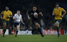 Ma'a Nonu runs to score his team's second try during the final match of the 2015 Rugby World Cup between New Zealand and Australia.