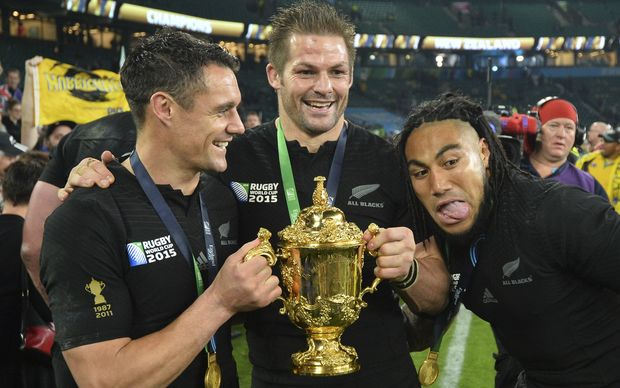 Dan Carter, Richie McCaw and Ma'a Nonu with the William Webb Ellis Cup.