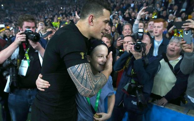 Sonny Bill Williams with Charlie Lines after giving him his winning medal.